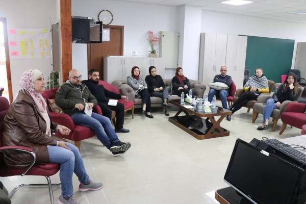 بلدية الخليل تعقد دورة تدريبية بالتعاون مع بلدية منهايم الألمانية