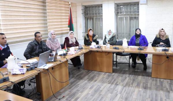وحدات النوع الاجتماعي في الاجهزة الأمنية تعقد لقاءاً تشاورياً في محافظة الخليل