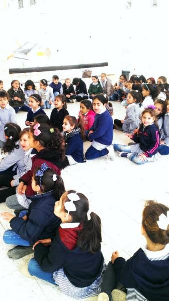 نظمتها وزارة الثقافة ومكتبة بلدية طولكرم : سرد قصة بمدرسة بنات فلسطين