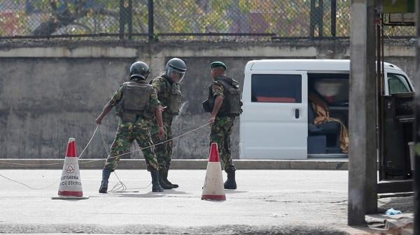 سريلانكا تعتقل سورياً لاستجوابه بشأن التفجيرات الدامية