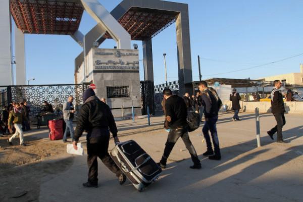 طالع الأسماء: داخلية غزة تُوضّح آلية السفر عبر معبر رفح غداً الأربعاء