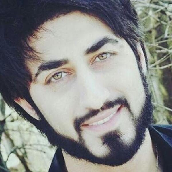 """صدام رقيق: """"حسين أحمد"""" الوجه الأكثر إشراقا وتعبيرا عن الفنان العربي الطموح"""