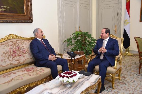 السيسي يدعو لتمكين المؤسسات الوطنية وقوات الجيش الليبي من القضاء على الإرهاب