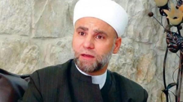 أزمة البنزين بسوريا تُطيح بخطيب الجامع الأموي بدمشق