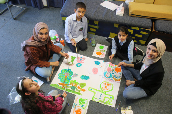 """""""سَنَدْ"""".. مبادرة نوعية تدعم طلبة الجامعات والمدارس في القدس أكاديميا"""