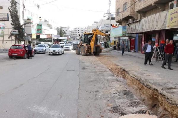 بلدية الخليل تُحوّل المدينة إلى ورشة عمل مفتوحة
