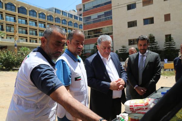 الكويت تقدم حصص غذائية للاجئين الفلسطينيين لبنان