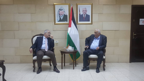 وزير النقل والمواصلات عاصم سالم يقوم بجولة ميدانية لمحافظة أريحا والأغوار