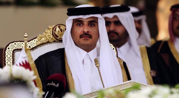 لأول مرة منذ نشوب الأزمة الدبلوماسية.. رئيس وزراء البحرين يهاتف أمير قطر