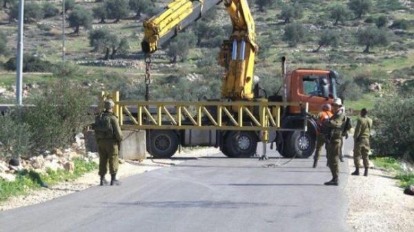 الاحتلال يُغلق بوابة النبي صالح المؤدية إلى قرى غرب رام الله