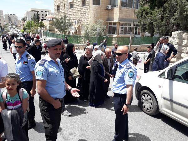 شرطة بيت لحم تؤمن دخول المواطنين للصلاة بالجمعة الاولى في القدس