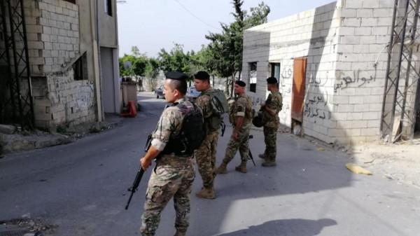 """بمخيم """"المية ومية""""..الجيش اللبناني يُعلن بدء تنفيذ اتفاق لإنهاء المظاهر العسكرية"""