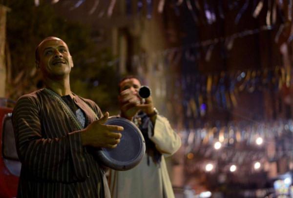 أبرزها المسحراتي والفانوس.. عادات رمضانية قديمة أخفتها التكنولوجيا