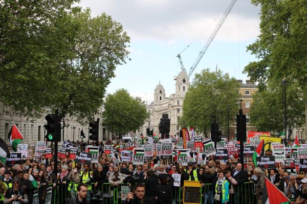 آلاف البريطانيون يحيون ذكرى النكبة
