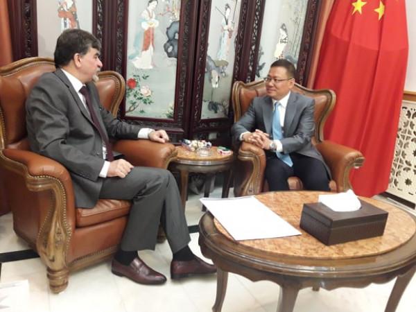 السفير عبد الهادي يطلع سفير الصين على آخر مستجدات القضية الفلسطينية