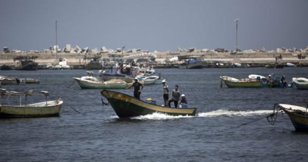 نقيب الصيادين: لا معلومات حول تقليص مساحة الصيد ببحر القطاع