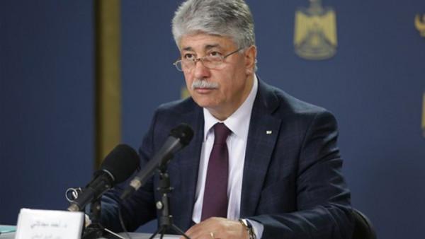 مجدلاني يُطالب المانحين بعدم التعامل مع أي جسم تُديره حماس بغزة