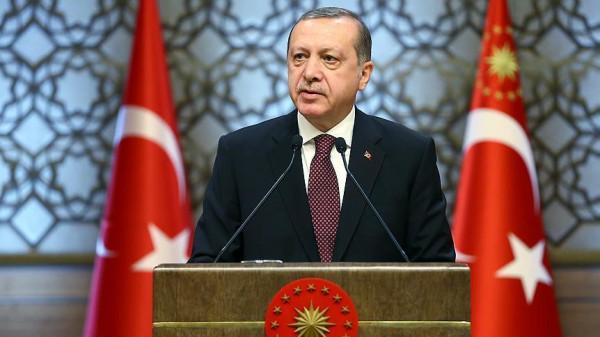 أردوغان ورئيس وزراء العراق يتفقان على إقامة تعاون عسكري بين البلدين