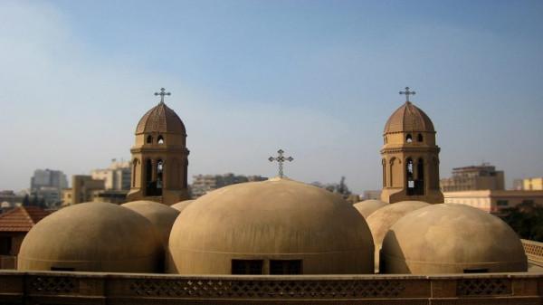 القرار الأول من نوعه.. الكنيسة المصرية تصرف معاشًا لأسرة قاتل كاهن شبرا الخيمة