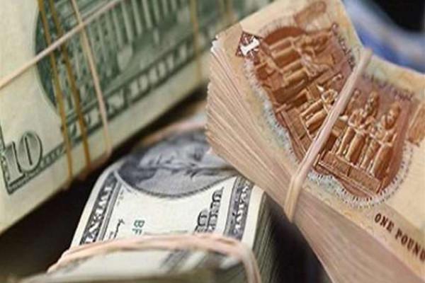 انخفاض مفاجئ في سعر صرف الدولار بمصر لأول مرة منذ عامين