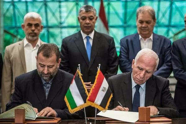 حماس: السلطة تُعطّل الوساطة المصرية بملف المصالحة