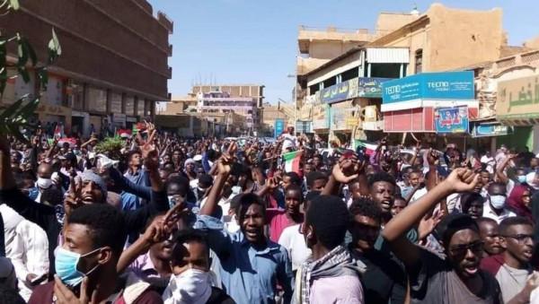 """استئناف """"المفاوضات الانتقالية"""" في السودان"""