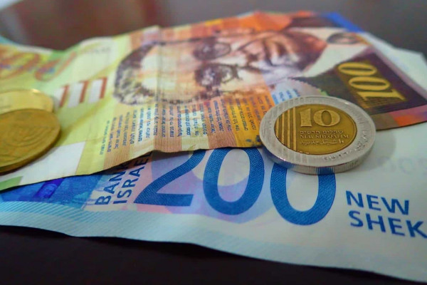 اسعار العملات مقابل الشيكل لليوم الثلاثاء
