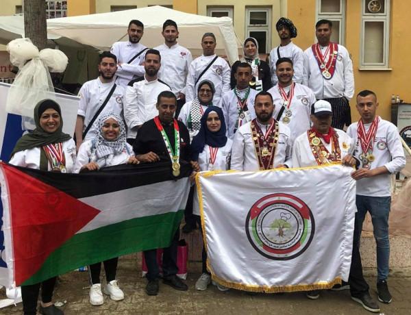 مشاركة فلسطينية فاعلة في مهرجان أزمير الدولي