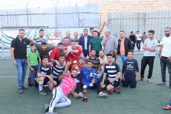 الأصدقاء يُحققون لقب البطولة الرمضانية لمركز طارق بن زياد المجتمعي