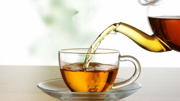 أغرب حكم قضائي.. برًّا بأمها صنعت الشاي فحُكم عليها بالسجن لأشهر