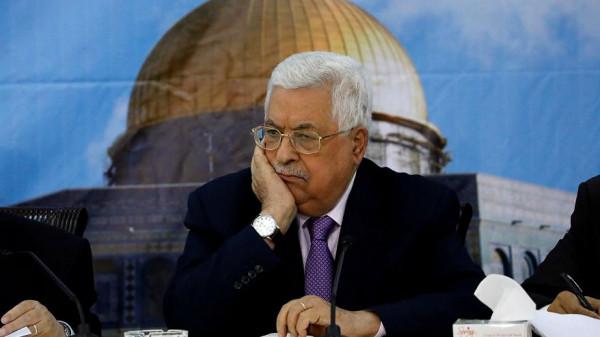 قيادي يساري يُطالب الرئيس عباس باتخاذ خطوة جديدة لمواجهة مؤتمر البحرين وأموال قطر
