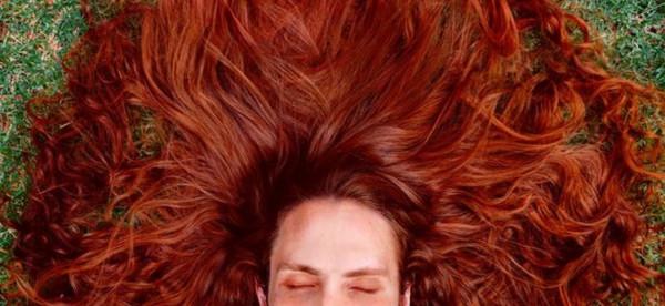 رابونزل الذكر.. النساء يحسدنه بسبب شعره الفاتن