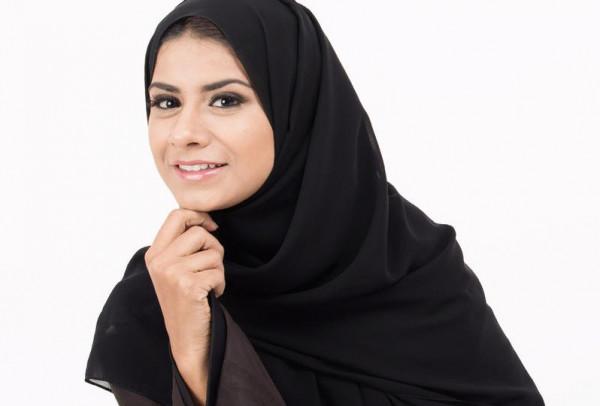 إزالة المرأة شعر جسدها هل يفطر في رمضان؟