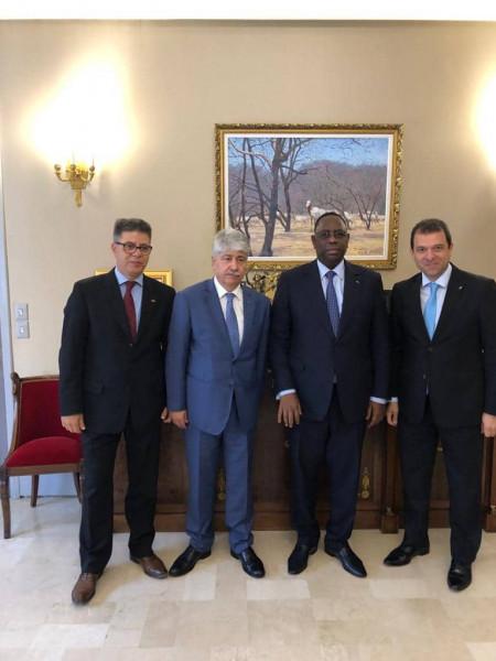 مجدلاني يُسلّم رئيس السنغال ماكي سال رسالة خطية من الرئيس محمود عباس