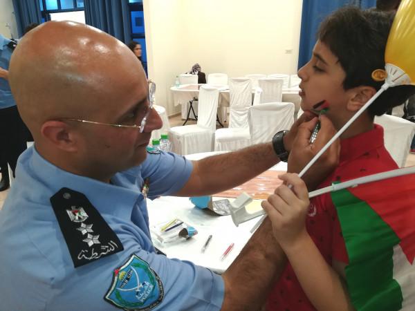 الشرطة الفلسطينية تنظم فعالية ترفيهية للأطفال