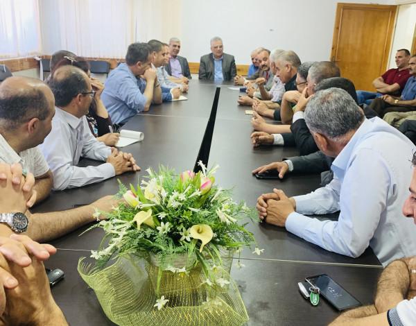 الوزير غنيم يلتقي الهيئات المحلية في محافظة طوباس