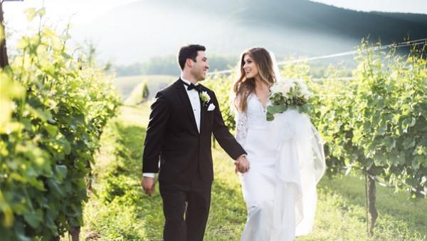 هل تنتهي مهنة المصور قريبًا؟ عروسان يكشفان المفاجأة