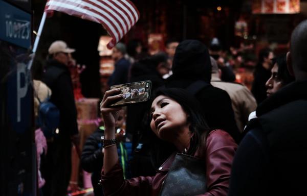 الصين لمواطنيها: لا تُسافروا لأمريكا بسبب السرقة والمضايقات الأمنية