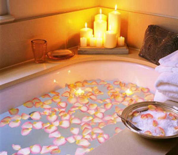 """في العيد.. 10 أفكار تحول حمامك إلى """"سبا"""""""