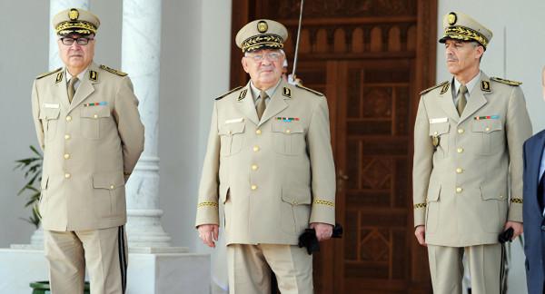 الجيش الجزائري: يجب قطع الطريق نهائياً أمام المراحل الانتقالية