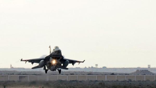 مقتل خمسة مسلحين بقصف للطيران الحربي المصري بالعريش