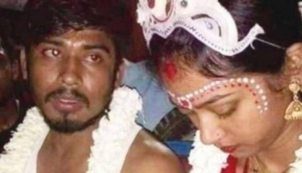 """""""الحب جنون"""".. تضحية غريبة من شاب هندي لإعادة محبوبته"""