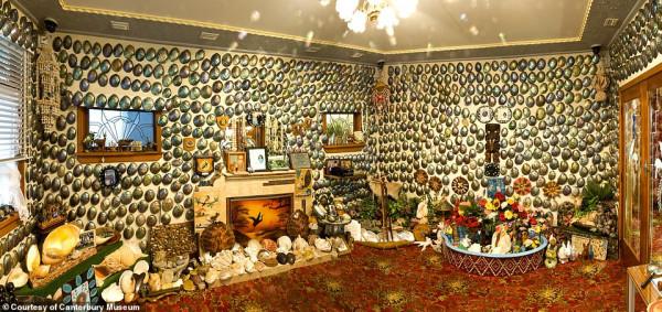 بناه رجل لزوجته.. منزل مكون من 1000 قوقعة بحرية يتحول إلى متحف