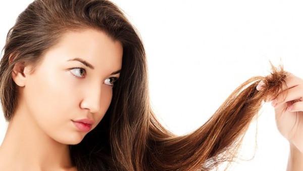 بمكونين فقط من مطبخك.. يمكنك إطالة الشعر بسرعة غير متوقعة