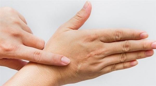 6 وسائل للتخلص من الندوب القديمة في الجسم