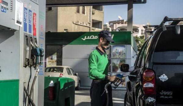 ضجة في مصر بشأن رفع أسعار الوقود.. والحكومة تُعلق