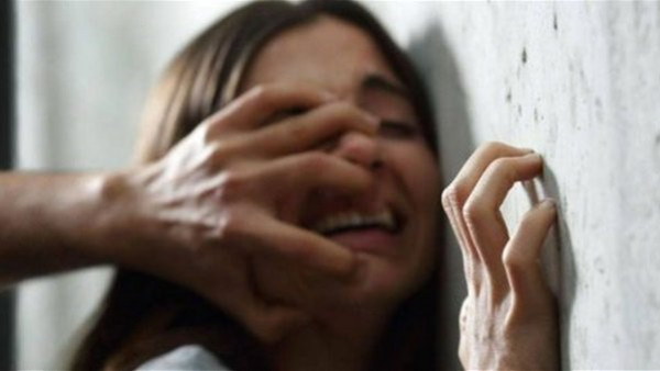 مصر: شاهدته شقيقته يُمارس الرذيلة مع زوجة شقيقه فتخلصا منها.. تفاصيل صادمة