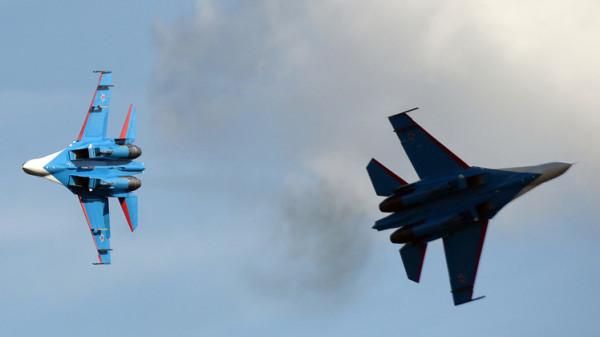 مقاتلة روسية تعترض طائرتين أميركية وسويدية