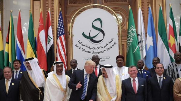 الزق: ضغوط أمريكية على دول عربية لوقف تمويل السلطة الفلسطينية