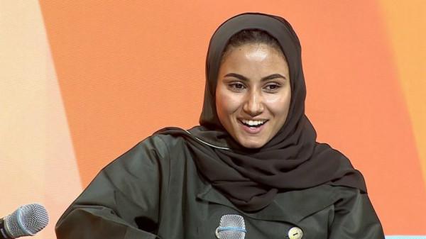 """شابة سعودية تبحث عن مدير لأعمالها الخاصة لانشغالها في """"فيسبوك"""""""